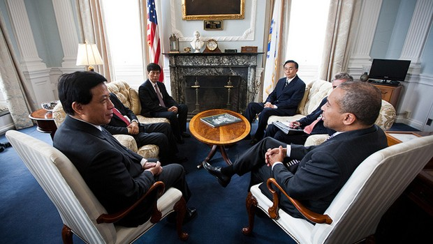 City and state government officials have been taking the lead in attracting Chinese investment. Here, Massachusetts Gov. Deval Patrick meets with then-Chinese Ambassador to the United States Zhang Yesui and Cosco Chairman Wei Jiafu in 2012. (Photo by Eric Haynes/Governor Deval Patrick via Flickr)